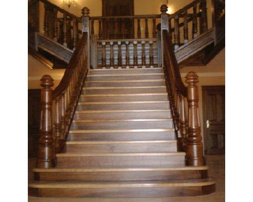 Escaleras de madera artesanales ruarte - Escaleras de madera pintor ...
