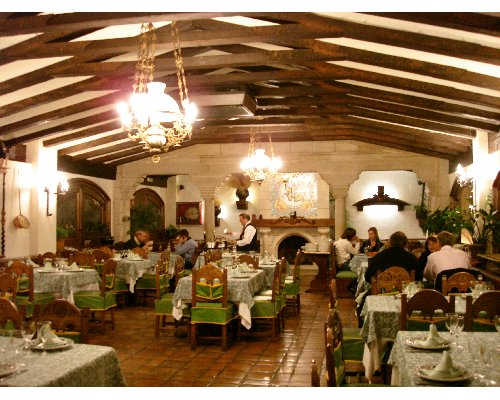 Wood decoration, furnishing and coffered ceilings Asador de Aranda ...