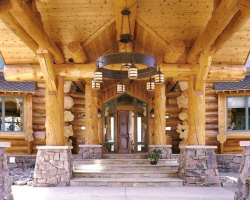 Log home interiors_entry 4