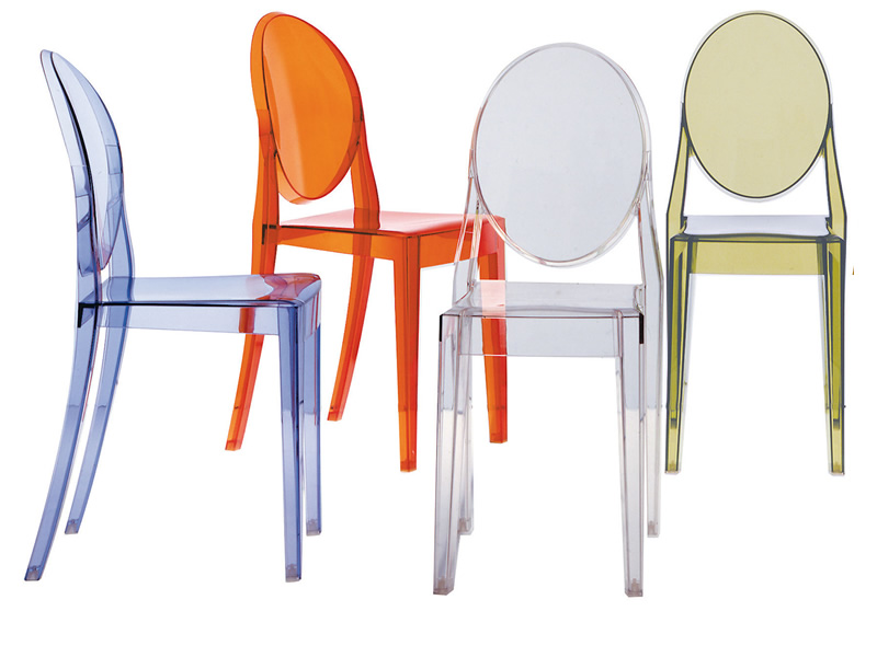 Kartell to redesign the bourgie lamp on its 10th for Chaise transparente kartell