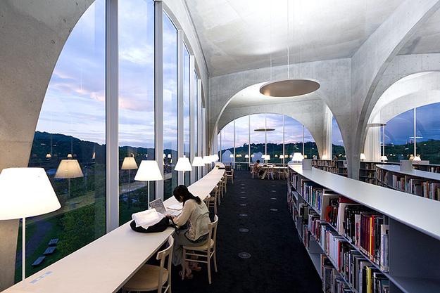 Tama Art University library @RuarteContract