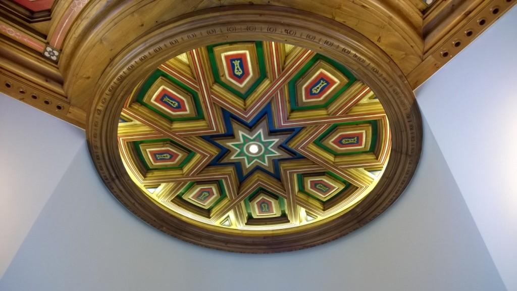 Diseño, construcción e instalación de decoración en madera, artesonados, puertas y mueble Restaurante Castillo de Izán Burgos @RuarteContract (17) (Medium)