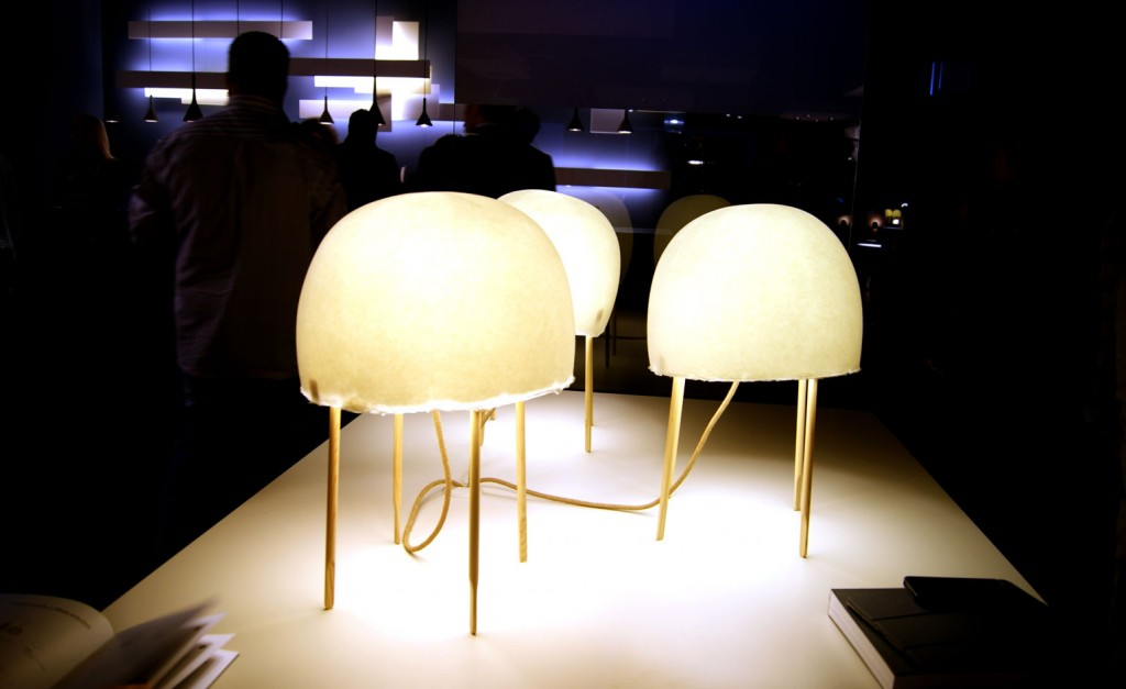 Furniture isaloni 2015 @RuarteContract Luca Nichetto has joined forces with Japanese design studio Nendo to create a new lamp concept for Italian lighting giants Foscarini