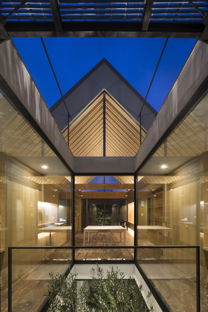Ark_Tokyo_Apollo_architecture-arquitectura en madera