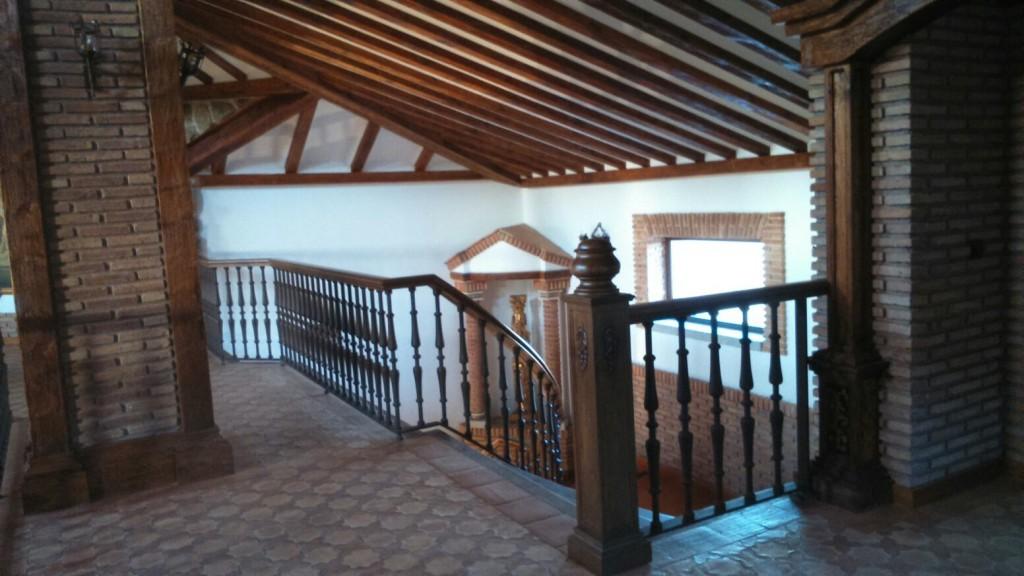 Escaleras de caracol en madera para interiores #escaliers #stairways #carpintería #ebanistas #decoracion #madera @RuarteContract 4