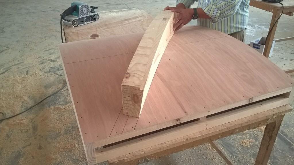 Escaleras de caracol y escaleras de madera para interiores for Escalera madera decoracion