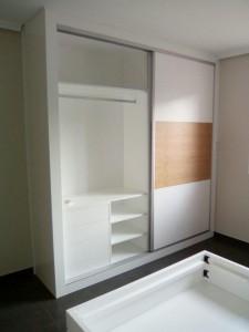 Mueble Ruarte Contract apartamento lacado y chapa de fresno natural Madrid 2